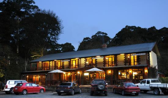 Black Spur Inn - Restaurant - Victoria Tourism
