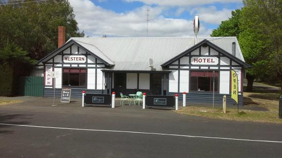 Caramut Western Hotel Cafe - Victoria Tourism
