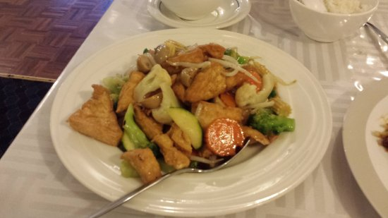 Fountain Court Chinese Restaurant - Victoria Tourism