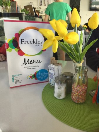 Freckles Cafe - Victoria Tourism