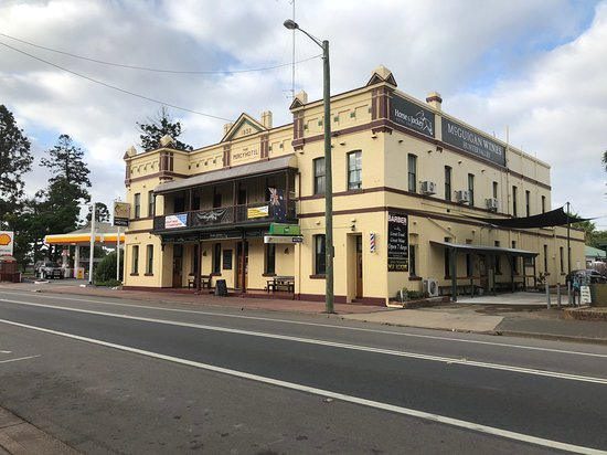 Horse and Jockey Hotel - Victoria Tourism