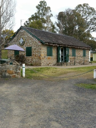 Crofters Cottage Cafe - Victoria Tourism