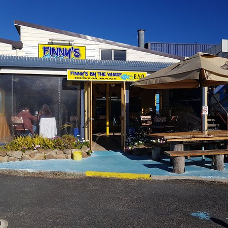 Finny's By The Wharf - Victoria Tourism