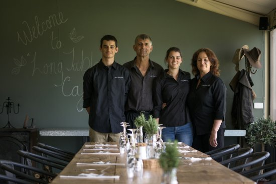 Long Table Cafe - Victoria Tourism