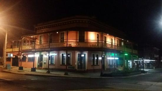 The Great Central Hotel - Victoria Tourism