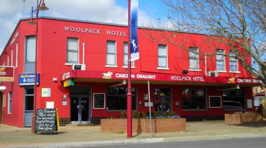 Woolpack Hotel Tumut - Victoria Tourism