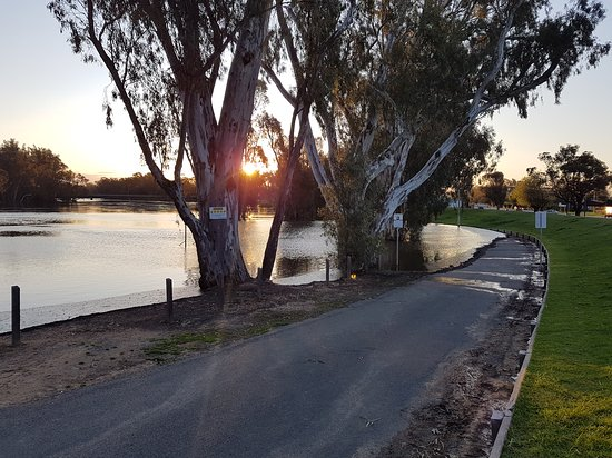 The Foreshore Tocumwal - Victoria Tourism