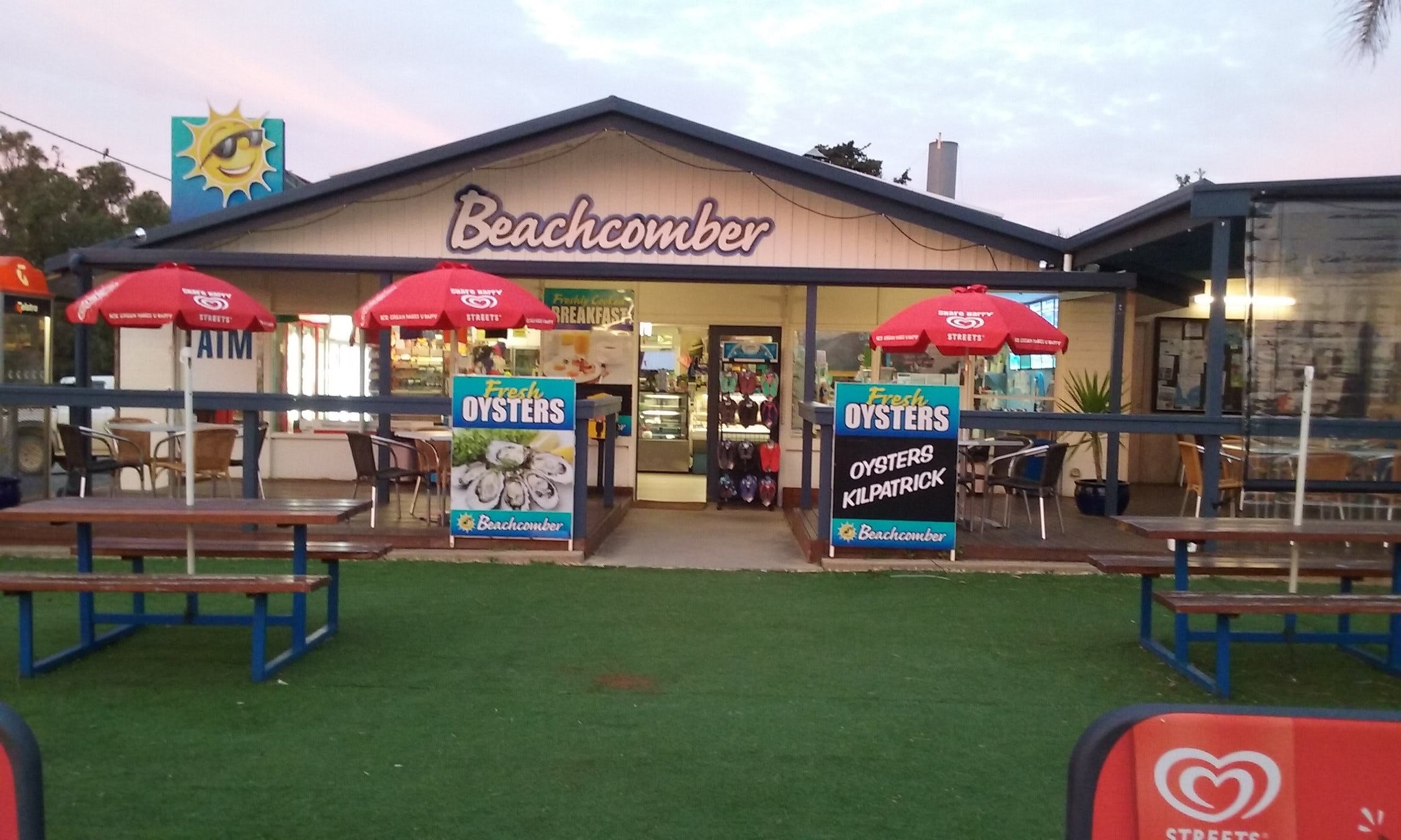 Beachcomber Cafe - Victoria Tourism