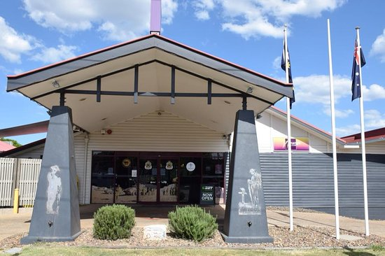 Nanango RSL Memorial Services Club - Victoria Tourism