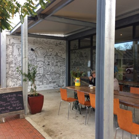 Cygnet Woodfired Bakehouse - Victoria Tourism