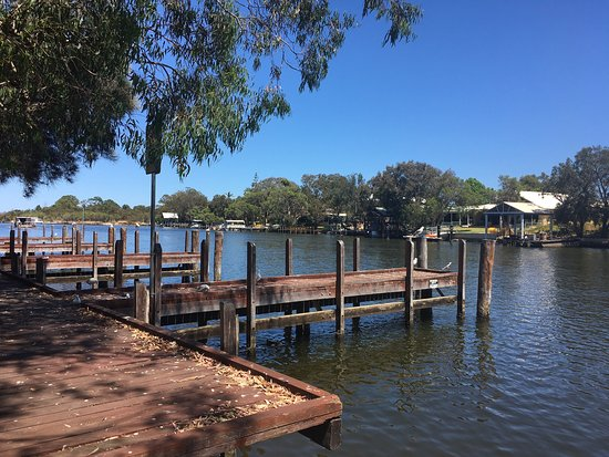 Pelicans Cafe on the Murray - Victoria Tourism