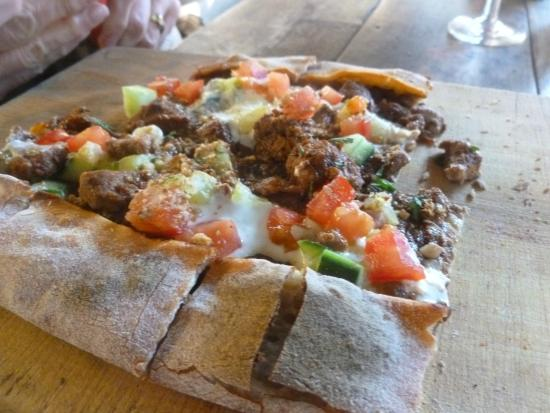 Russells Pizza - Victoria Tourism