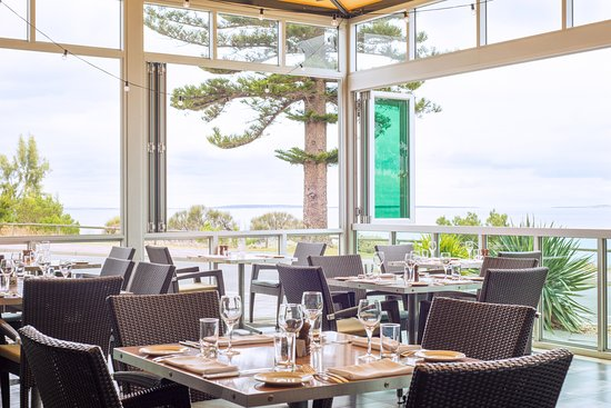 Sarins Bar  Restaurant - Victoria Tourism