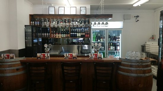 Little Italy Pizza and Wine Bar - Victoria Tourism