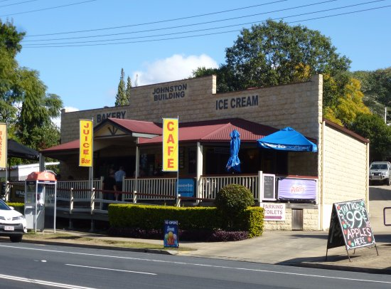Aratula Cafe and Ice Creamery - Victoria Tourism