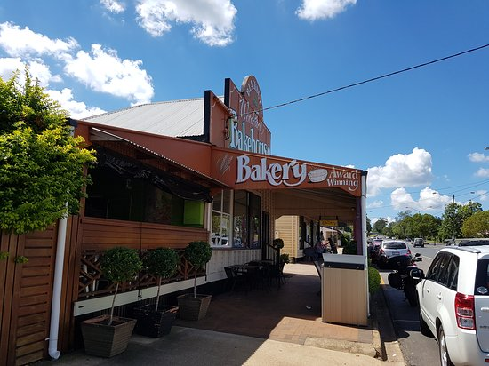 Blackbutt Woodfired Bakery - Victoria Tourism