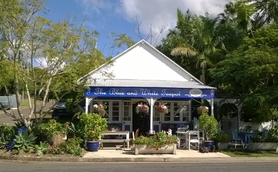 The Blue and White Teapot Cafe - Victoria Tourism
