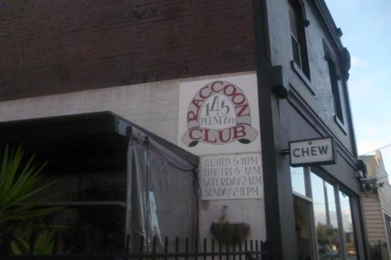 Raccoon Club - Victoria Tourism