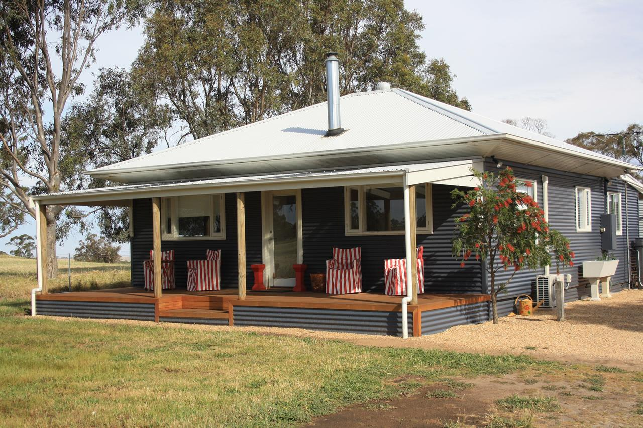 Rabbiters Hut - Victoria Tourism