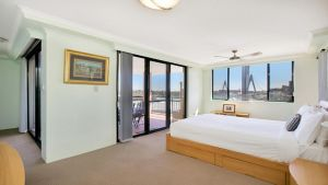 Darling Harbor Apartment - Victoria Tourism