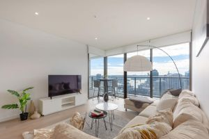 High Rise apt in Heart of Sydney wt Harbour View - Victoria Tourism
