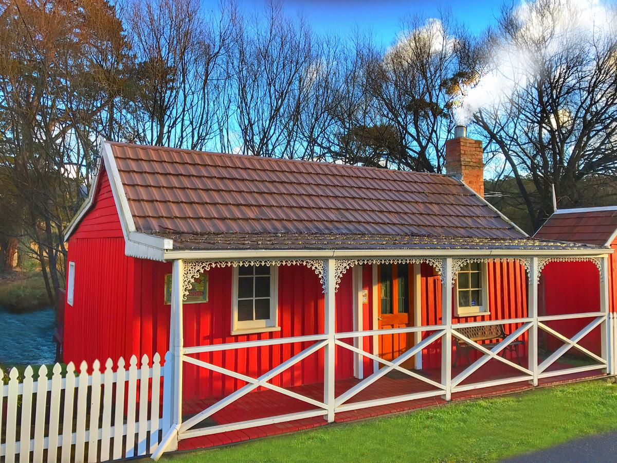 Platypus Playground Riverside Cottage - Victoria Tourism