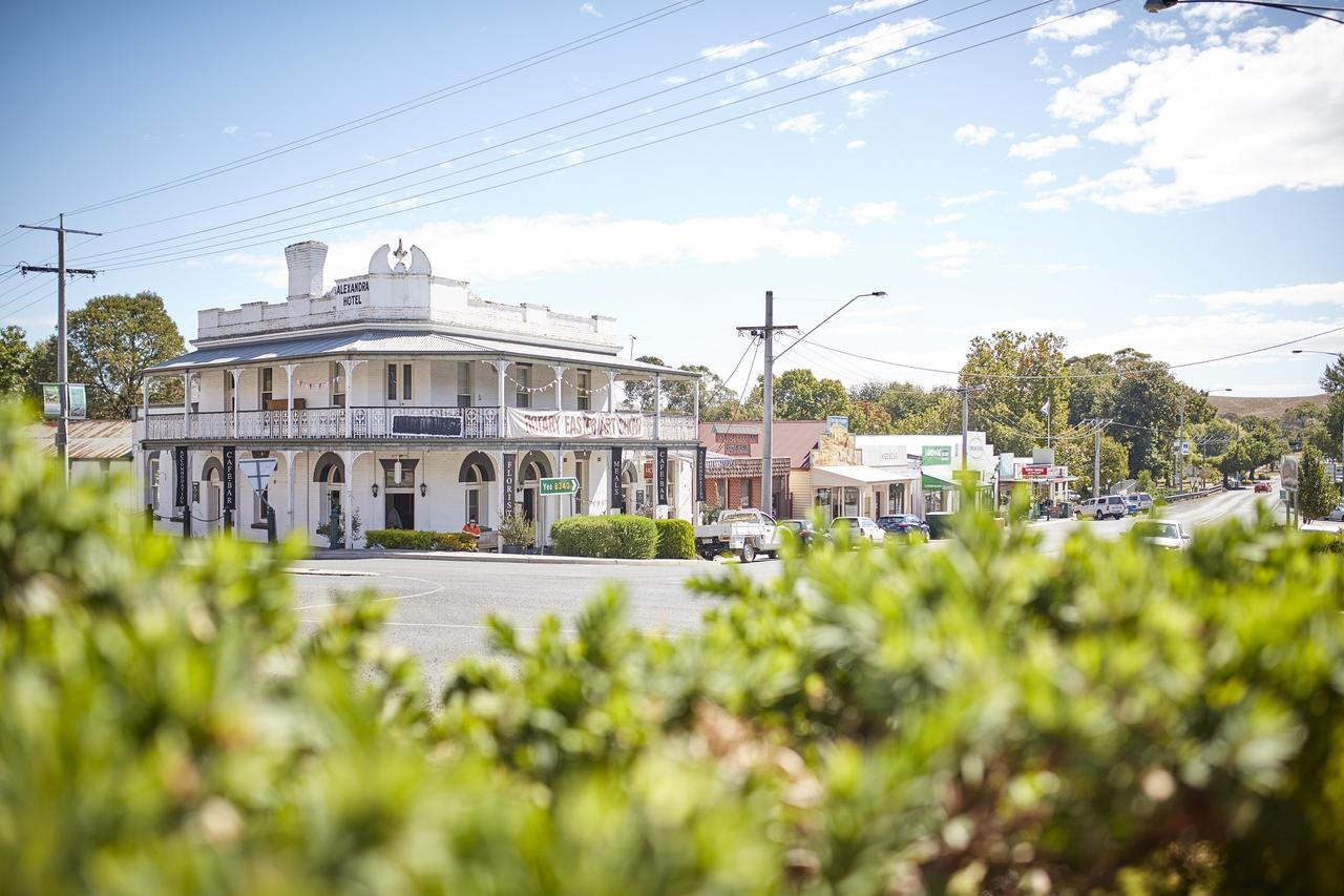 The Alexandra Hotel - Victoria Tourism