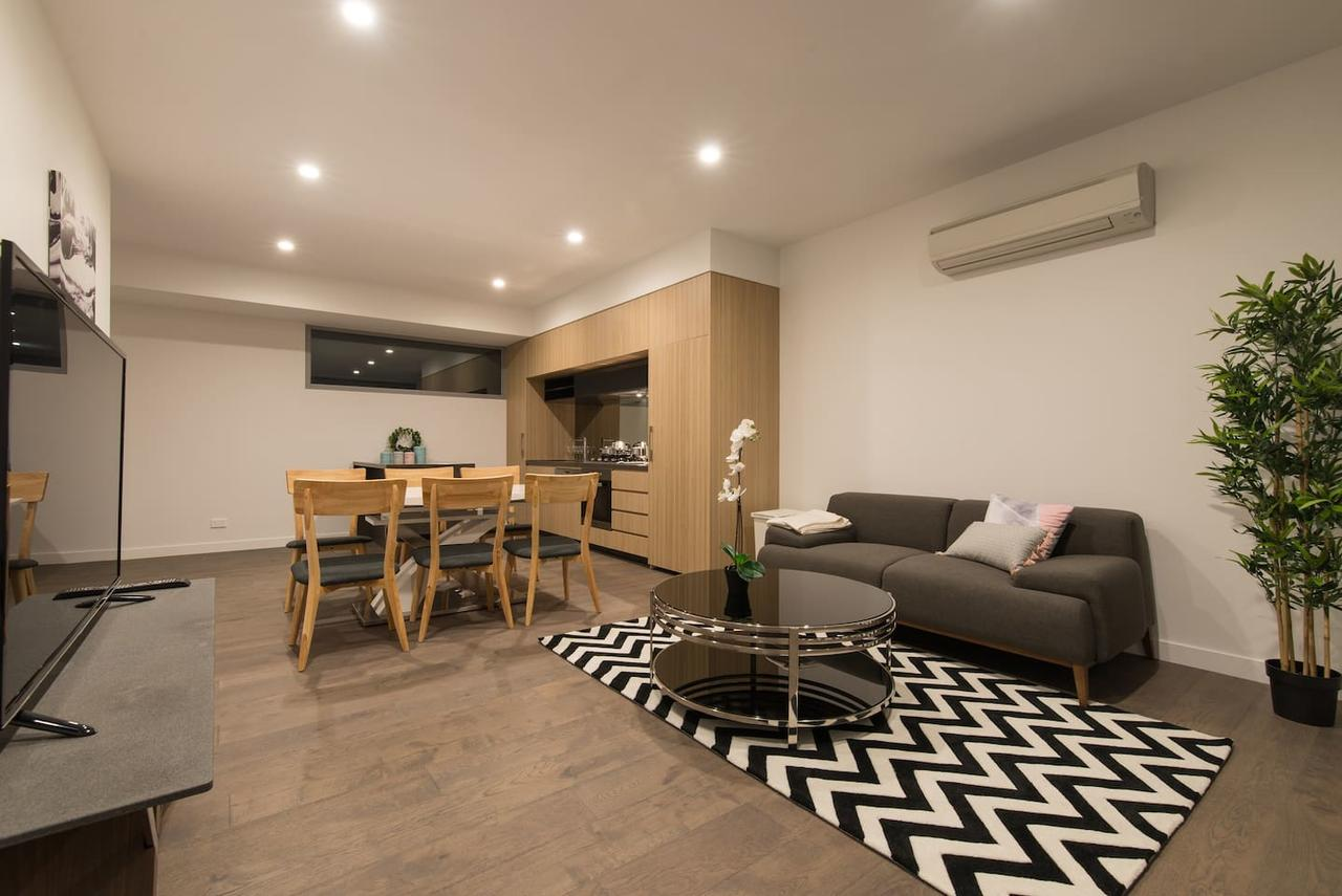 Doncaster Private Collection 2 Bed TownhousePearl